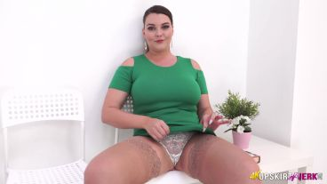 cherry-blush-waiting-room-perv-125